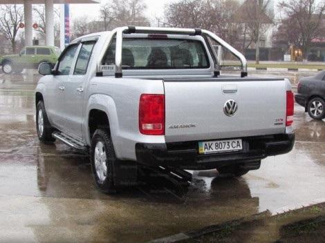 Пороги алюминиевые (Corund Silver) Volkswagen Amarok